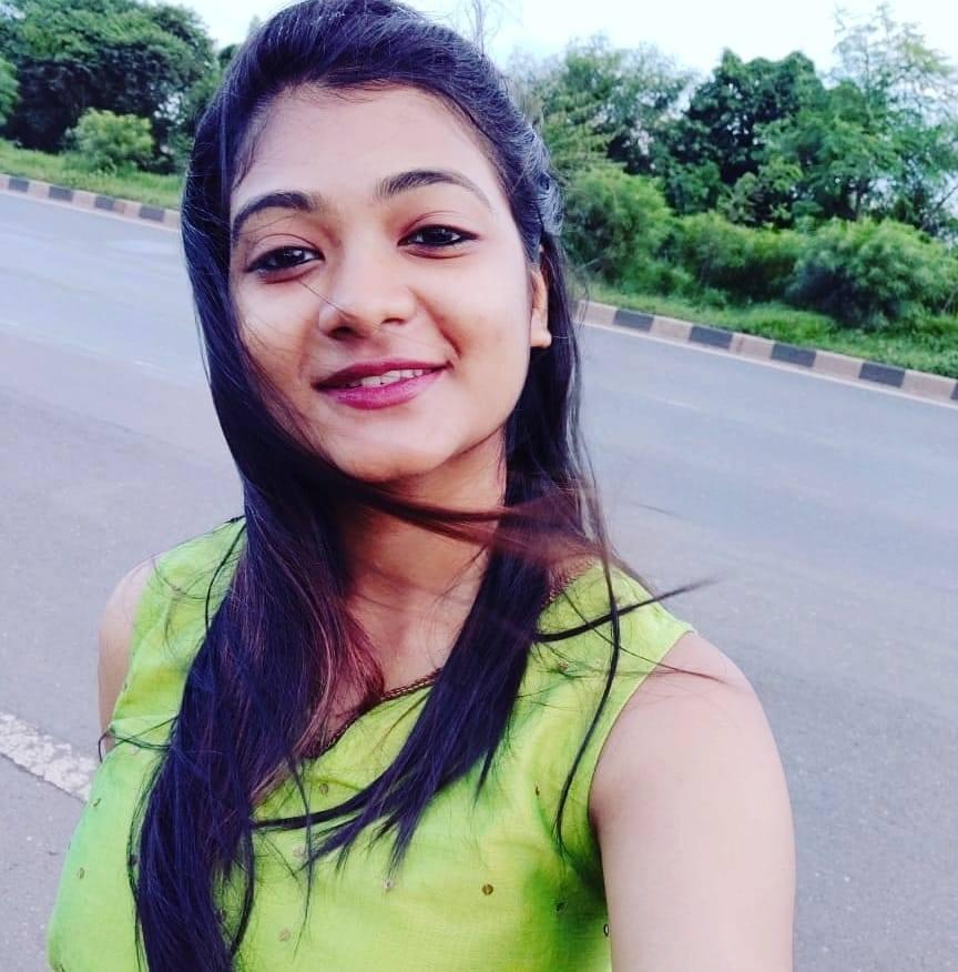 இளம்பெண் ராகி தத்தா