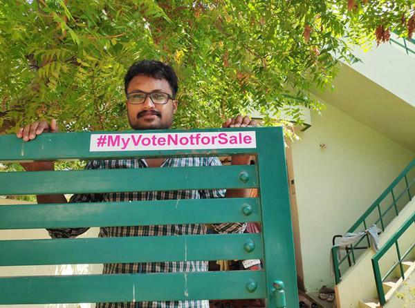 ஜெய்சுந்தர் வீட்டில் தேர்தல் விழிப்புணர்வு ஹெஷ்டேக்