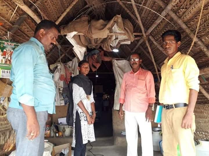 சஹானா வீட்டில் சோலார் விளக்கு பொருத்திய அதிகாரிகள்
