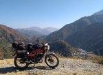 சென்னை முதல் பர்மா வரை... யமஹா RX135 பைக்கில் 12,000 கி.மீ பயணம்!
