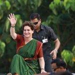 `ராகுல் சொன்னால் போதும்...' - மோடிக்கு எதிராகக் களமிறங்குவாரா பிரியங்கா காந்தி?