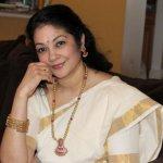 `நல்ல படங்களுக்காக பொறுமையுடன் காத்திருக்கேன்!'- நடிகை சாந்தி கிருஷ்ணா