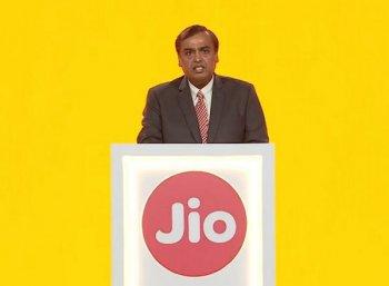 பிராட்பேண்டு, லேண்டுலைன், கேபிள்... மூன்று சேவைகளையும் ₹600-க்குத் தரும் ஜியோ!