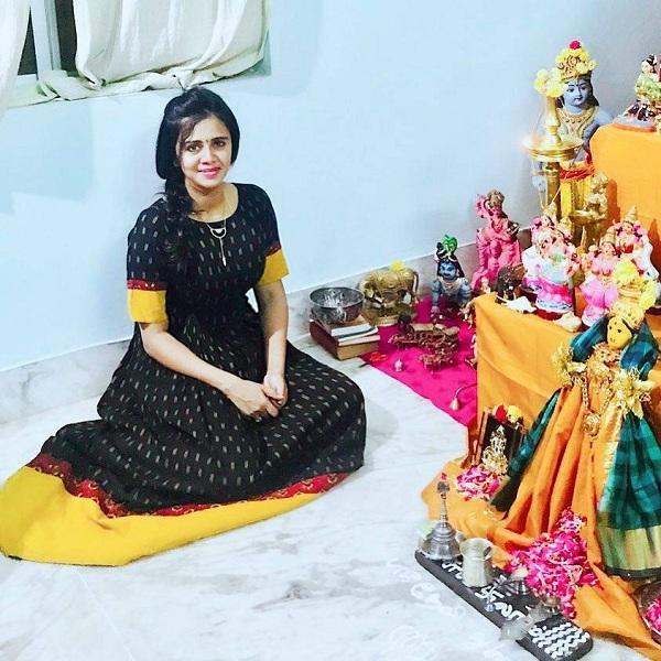 அஞ்சனா