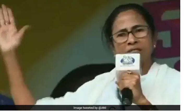 மம்தா பானர்ஜி  மேற்கு வங்க முதலமைச்சர்