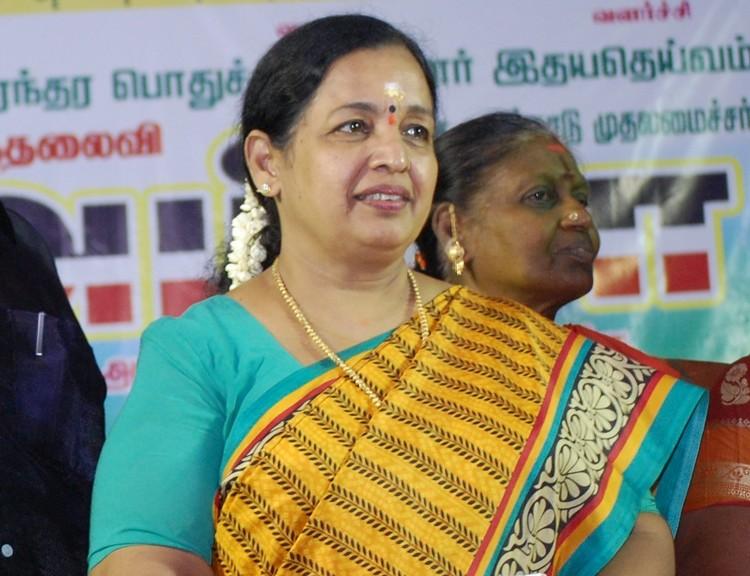 சிஆர் சரஸ்வதி