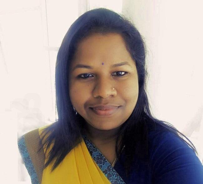 காயத்ரி ஸ்ரீகாந்த்