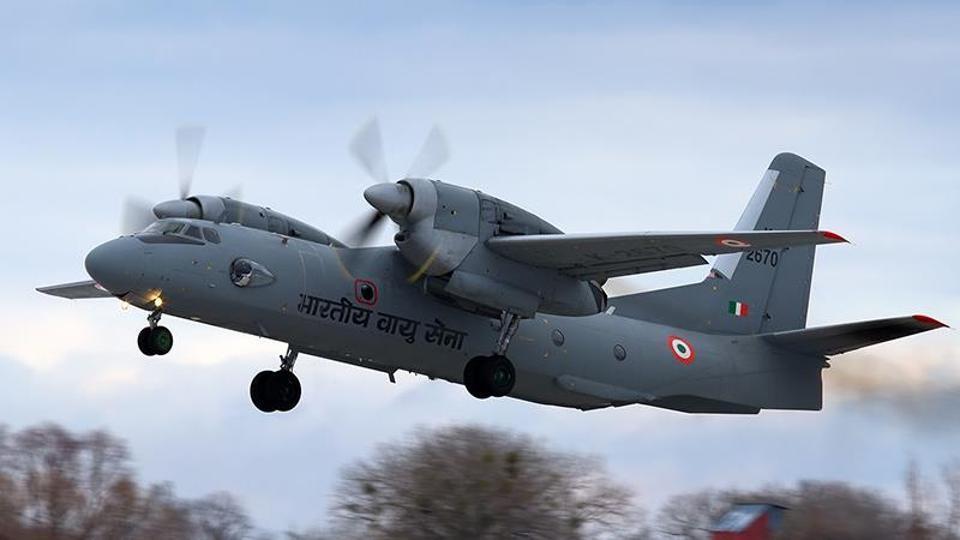 AN - 32 ரக விமானம்