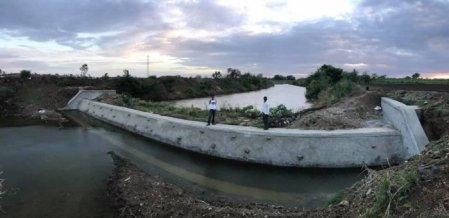 20 கி.மீ தூரம் கால்வாய்; 28 தடுப்பணைகள்... ஹல்காரா கிராமத்தை மாற்றிய தனிஒருவன்!