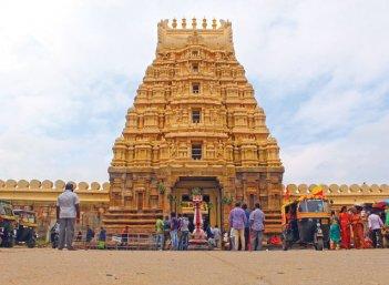 ஸ்ரீரங்கப்பட்டணம் - 'ஆதி அரங்கனின் பாதம்பணிகிறாள் காவிரி!'