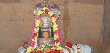 சூரிய பூஜை... பனையபுரத்தின் அற்புதம்!