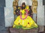 குழலி அம்மன் கோயிலில் பலகாரம் சமர்ப்பணம்!