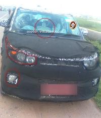 மஹிந்திரா மினி XUV 500 காரில் முன்பக்கம் மூன்று இருக்கைகள்?