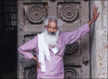 ''கவிதைகள் சத்தம் போடக்கூடாது!'' - விக்ரமாதித்யன்