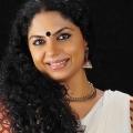 சிறந்த வில்லி  ஆஷா சரத் - `பாபநாசம்'